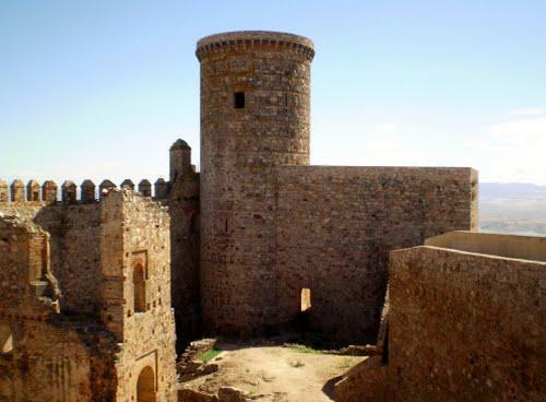 Castillo de lares
