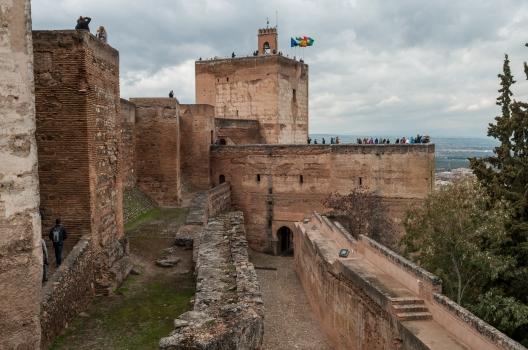 Alcazaba_in_Alhambra,_Granada_(7076755831)