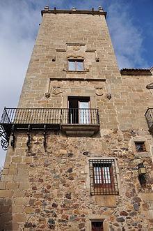 Palacio_del_Comendador_de_Alcuéscar,_Cáceres