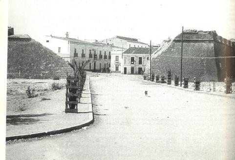 brecha-murallas-baluarte-de-la-tribinidad-finales-anos-30