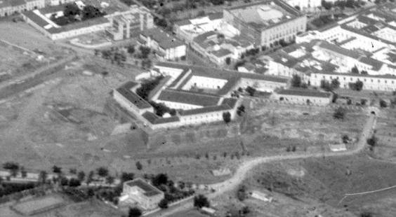 cuartel-de-la-bomba-y-baluarte-de-san-juan-en-los-anos-30