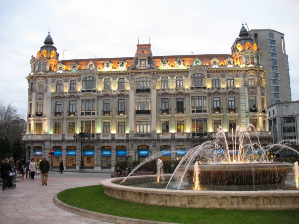 Casa_Conde._Plaza_Escandalera._Oviedo