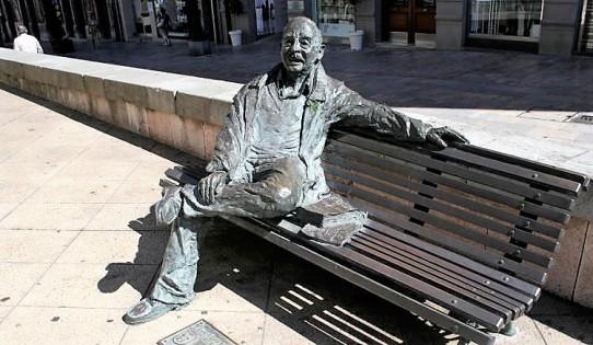 Estatuas-Oviedo-Alcalde