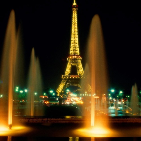 Eiffel-Tower-at-nightParis-2048x2048