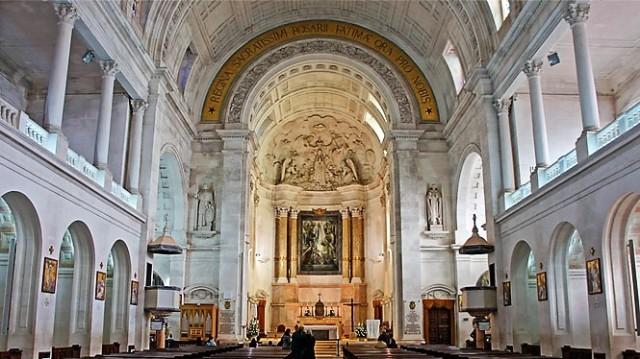 interior-basilica-fatima