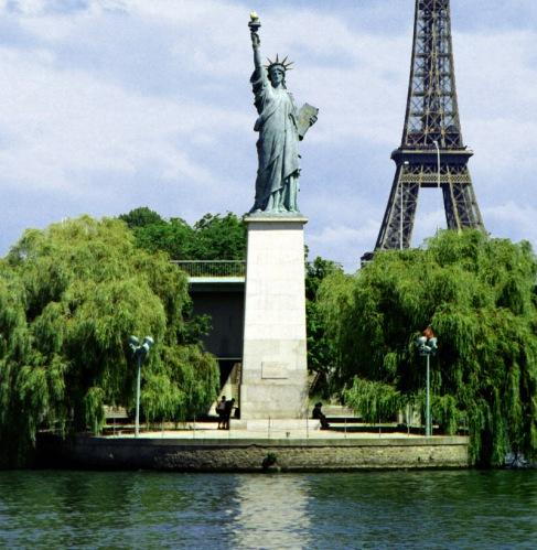 pont-de-grenelle-paris-6
