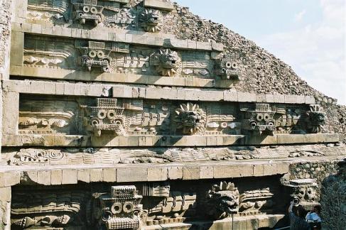 templo de quetzalcoatl
